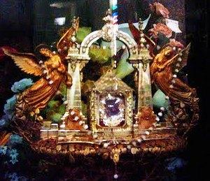Relikwiarz z obrazkiem Matki Bożej z Coromoto